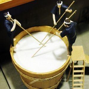 酒造りの工程から酒粕ができます